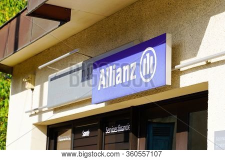 Bordeaux , Aquitaine / France - 10 25 2019 : Allianz Insurance Sign Store Office Brand Financial Ser