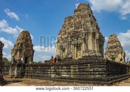 Siem Reap, Cambodia - July 28, 2010: The Pre Rup Temple, Built From Brick, Laterite And Sandstone In