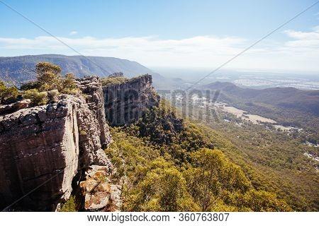Wonderland Hike In The Grampians Victoria Australia