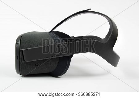 Chester, United Kingdom - April 11th 2020: Oculus Quest Vr Headset