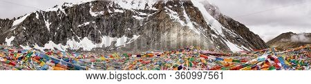 Drolma La Pass On Altitude 5650 Meters Above Sea Level Is The Highest Point Of The Ritual Route Arou