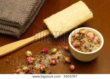 Bath Salts Loofah Towel