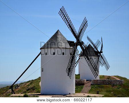 Old windmills in La Mancha