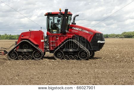 Quadtrac Tractor