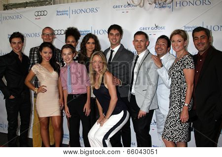LOS ANGELES - JUN 1:  Cast and Producers of