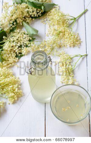 Elderberry juice cordial