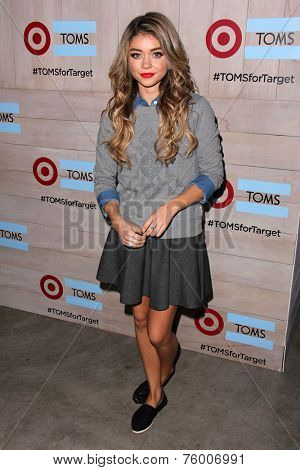 LOS ANGELES - NOV 12:  Sarah Hyland at the TOMS for Target Holiday Partnership at the The Bookbindery on November 12, 2014 in Culver City, CA