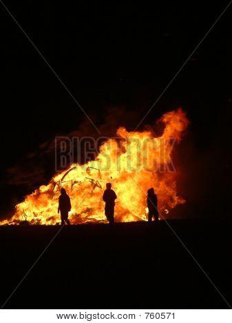 Vandals in fire