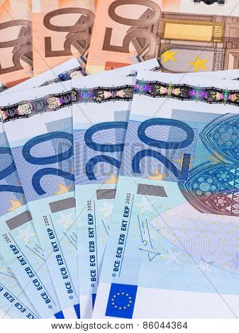 Several banknotes