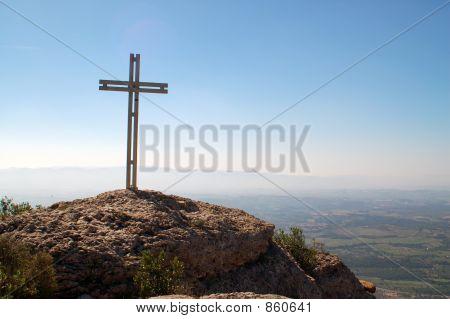 Monserrat.Cross