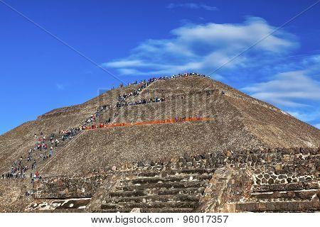Temple Of Sun Climbing Pyramid Teotihuacan Mexico City Mexico