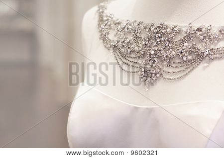 Wedding dress jewelery