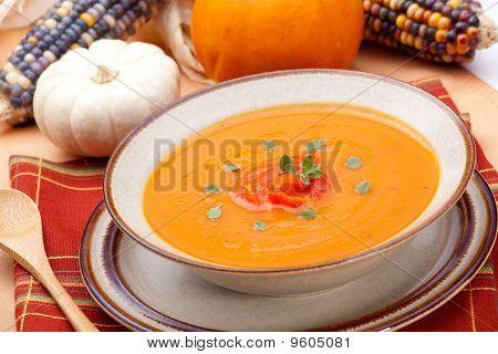 Roasted Bell Pepper Pumpkin Soup