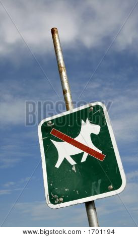 Dogs Allowed Only On A Lead