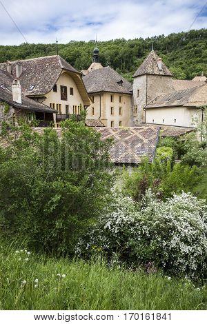 General vieuw of the mountain village of Romainmotier-Envy - Switzerland