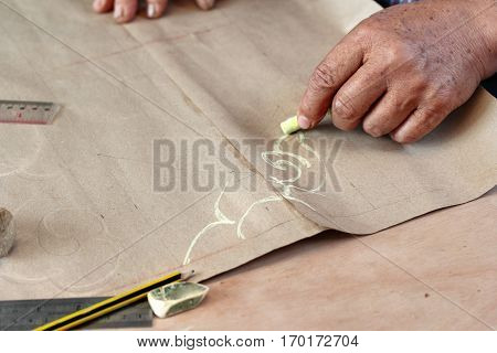 Folk Artisan Draw Lines For Being Original Carved Wood.