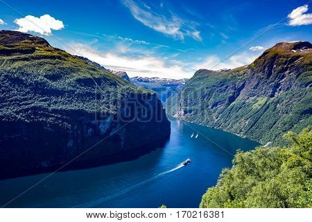 Geiranger fjord, waterfall Seven Sisters. It is a 15-kilometre (9.3 mi) long branch off of the Sunnylvsfjorden, which is a branch off of the Storfjorden (Great Fjord).