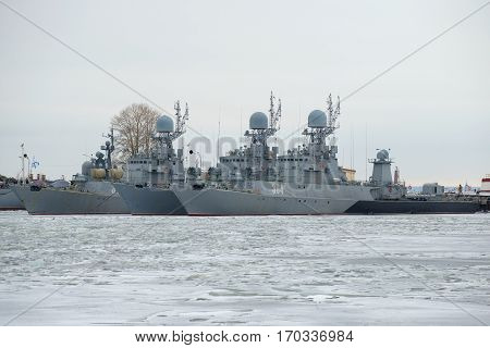 SAINT PETERSBURG, RUSSIA - JANUARY 25, 2017: The anti-submarine ships of the Baltic naval fleet in the winter Park cloudy January day. Kronstadt