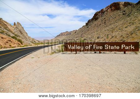VALLEY OF FIRE, USA - JUNE 4, 2015: Sign at the entry shows Valley of Fire State Park