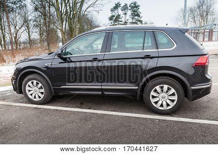 Volkswagen Tiguan, 4X4 R-line, Side