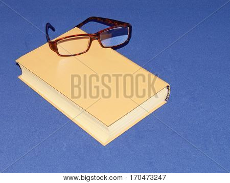 Glasses help people with poor eyesight to read the literature.
