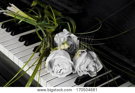 Roses on piano - condolence card with deepest sympathy
