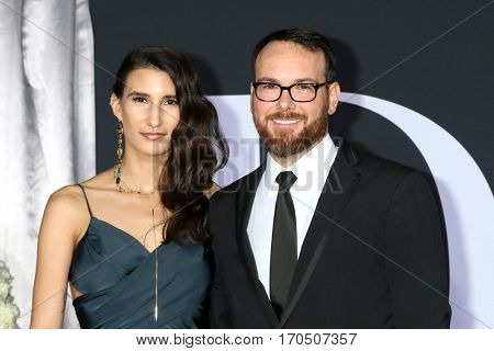 LOS ANGELES - FEB 2:  Guest, Dana Brunetti at the