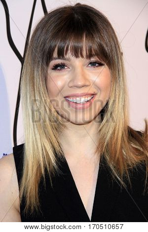 LOS ANGELES - JAN 31:  Jennette McCurdy at the Tyler Ellis 5th Anniversary Party and Tyler Ellis x Petra Flannery Collection Launch at Chateau Marmont on January 31, 2017 in West Hollywood, CA