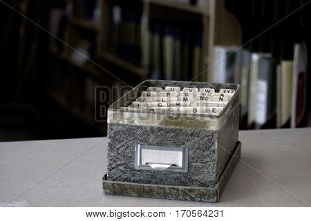 Index cards for business school home library organization
