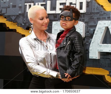 LOS ANGELES - FEB 4:  Amber Rose, Sebastian Thomaz at the