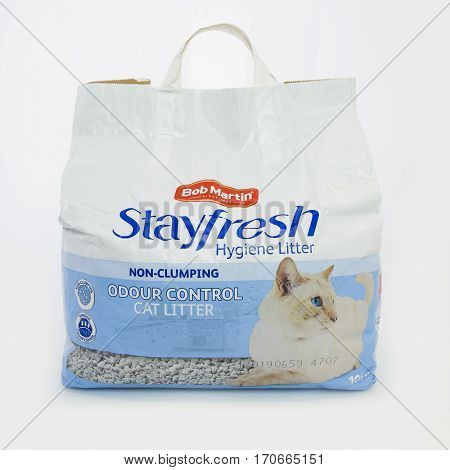 SWINDON UK - FEBRUARY 6 2017: Bag of Bob Martin Stayfresh Hygiene Non-Clumping Cat Litter with odour control on a white background