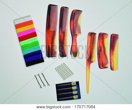 Utensils for the hair. Different types of combs according to the needs