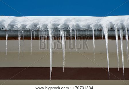 Remove dangerous icicles. Fines for snow and ice on roofs. Ice protection systems.