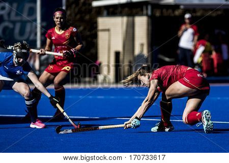 VALENCIA, SPAIN - FEBRUARY 5: (R) Maria Lopez during Hockey World League Round 2 match between Spain and Czech Republic at Betero Stadium on February 5, 2017 in Valencia, Spain