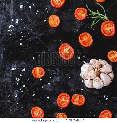 Backed Tomatoes And Garlic