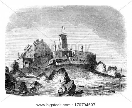 View of the provisional lighthouse and dwelling on the rock of Heaux, upon the high seas, vintage engraved illustration. Magasin Pittoresque 1845.