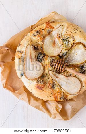 Pizza With Pear And Gorgonzola