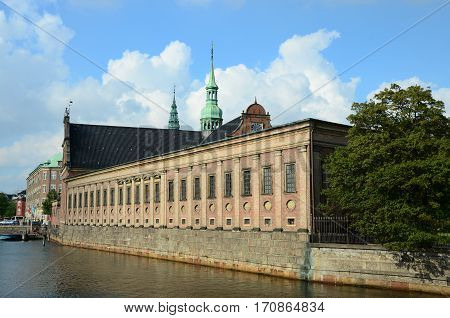 A view along the canal and the outside of Christiansborg