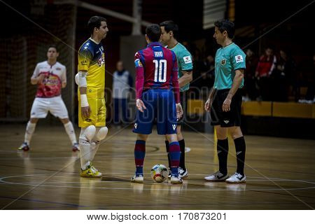 VALENCIA, SPAIN - FEBRUARY 7: Players and referees during Spanish King Cup match between Levante UD FS and Elpozo Murcia at Cabanyal Stadium on February 8, 2017 in Valencia, Spain