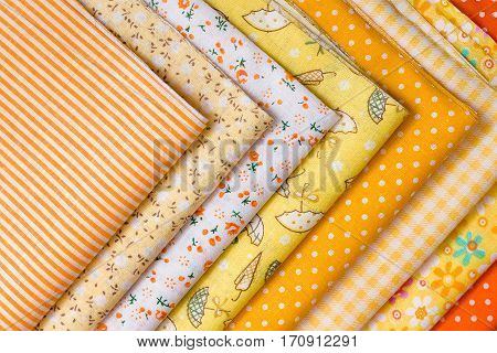 Scraps of fabric patchwork expansion for the selection of shades