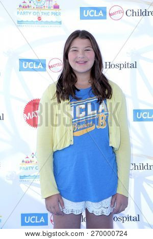 LOS ANGELES - NOV 18:  Mackenzie Hancsicsak at the UCLA Childrens Hospital