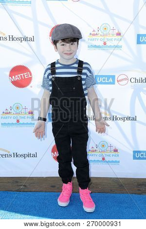 LOS ANGELES - NOV 18:  Paxton Booth at the UCLA Childrens Hospital