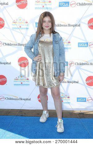 LOS ANGELES - NOV 18:  Sophie Pollono at the UCLA Childrens Hospital