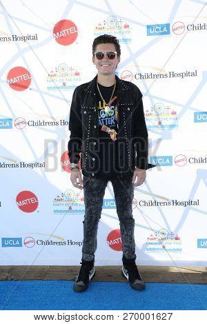 LOS ANGELES - NOV 18:  Isaak Presley at the UCLA Childrens Hospital