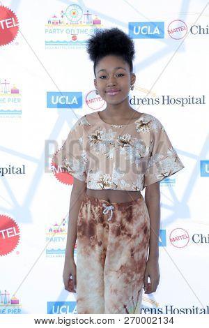 LOS ANGELES - NOV 18:  Jenasha Roy at the UCLA Childrens Hospital