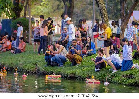 Bangkok, Thailand - November 22, 2018: Loy Kratong Festival Celebrated During The Full Moon Of The 1