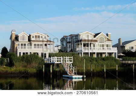 Avalon, New Jersey - July 18, 2014: Luxury Waterfront Summer Homes On The Back Bay In Avalon, New Je