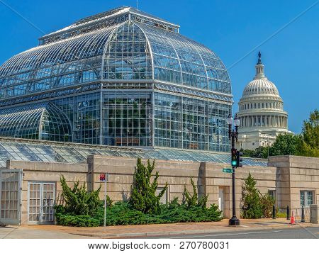 Washington Dc, Usa - September 4, 2018: The United States Botanic Garden Conservatory, One Of The Ol
