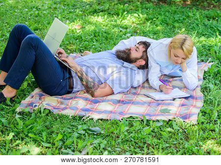 Modern Online Business. Family Spend Leisure Outdoors Work Laptop. How To Balance Freelance And Fami