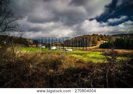 Scenic Views Along Virginia Creeper Trail During Autumn